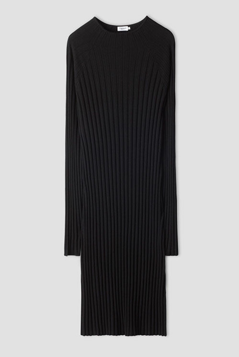 svartvitt-klanning-filippak