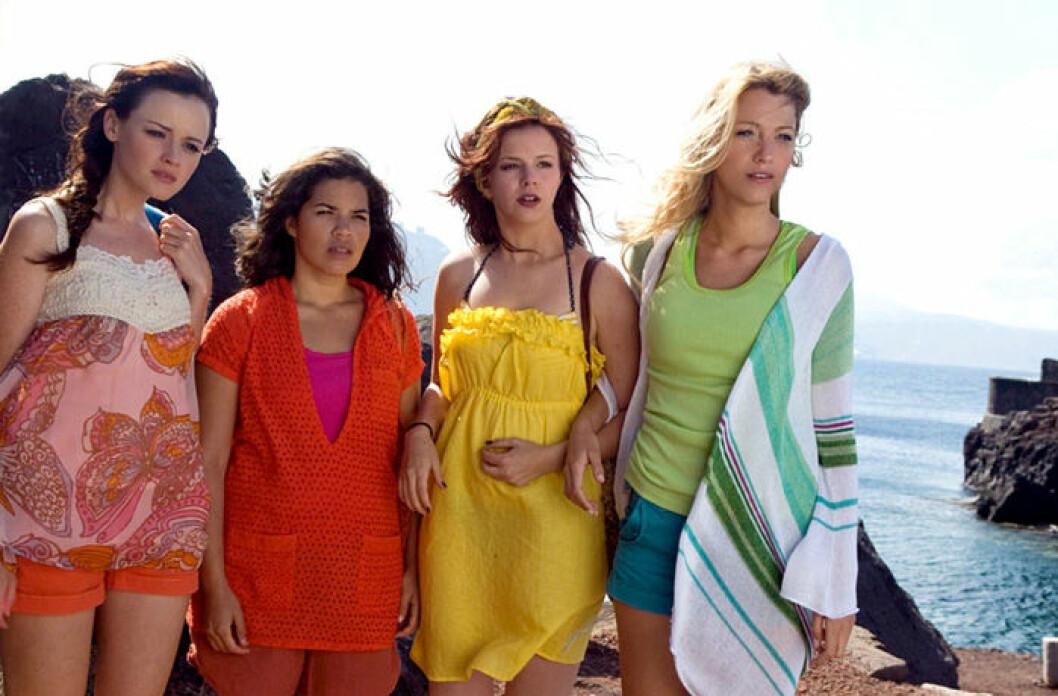 En bild från filmen Systrar i jeans som släpptes 2005.