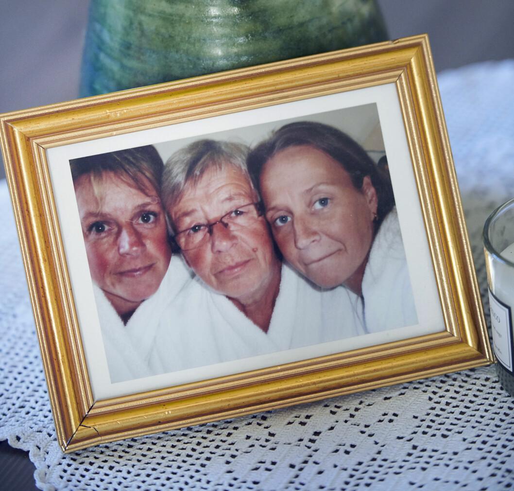Bild av Sussi, mamma Gullan och Carola på spa i Varberg