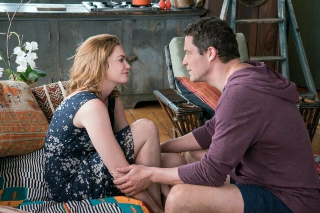 En bild på karaktärerna i tv-serien The Affair, som finns tillgänglig på Viaplay.