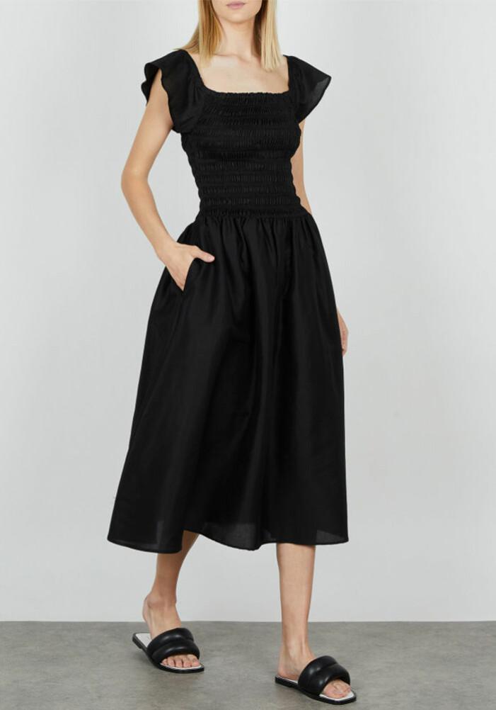 svart lång off shoulder dress från toteme
