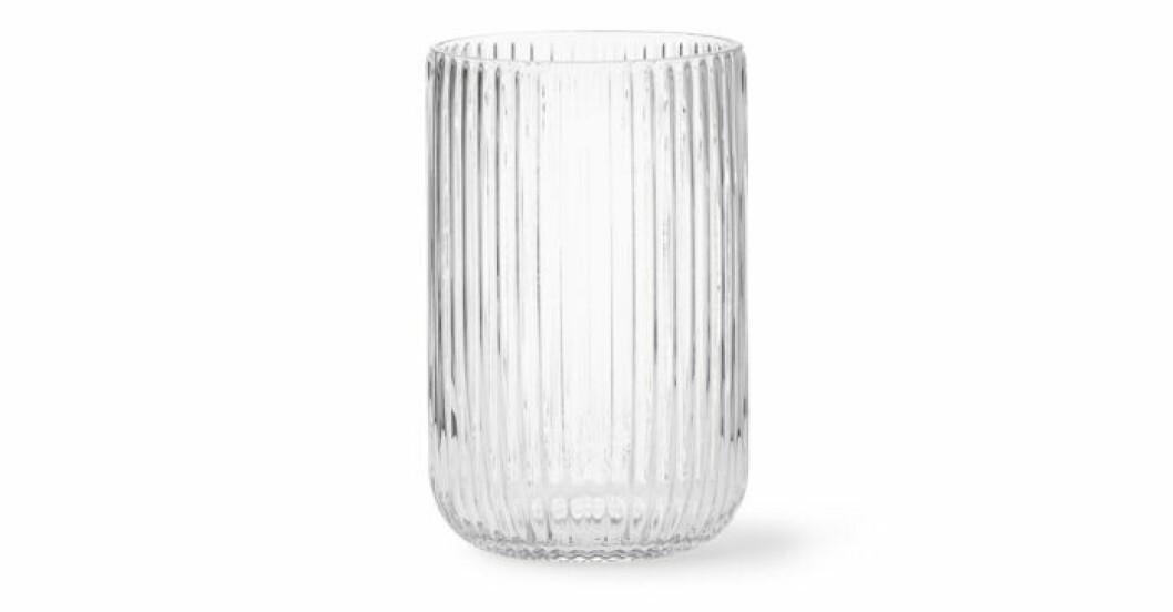 Trendiga vaser i glas från Åhlens