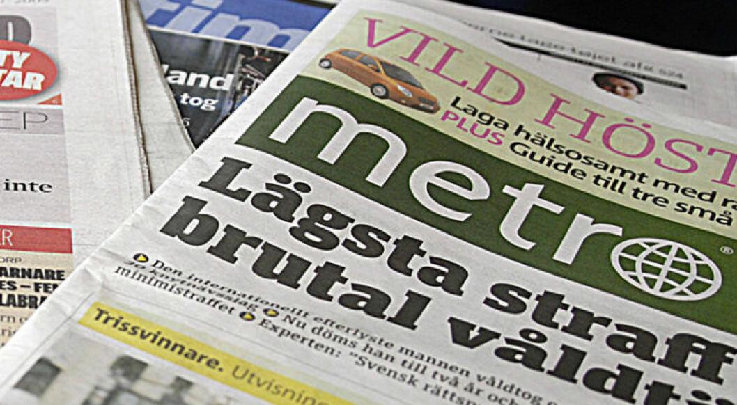 Tidningen Metros logga högst upp på en tidning.