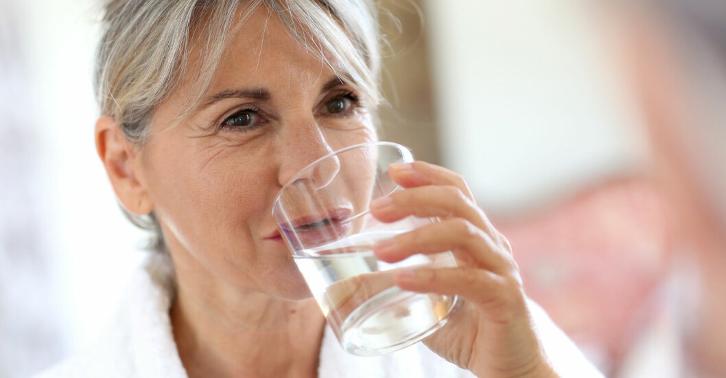 Det händer om du dricker för mycket vatten.