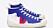 Sneaker med högt skaft. Blå och vita med röd detalj och vita snören. Sneakers från Veja.