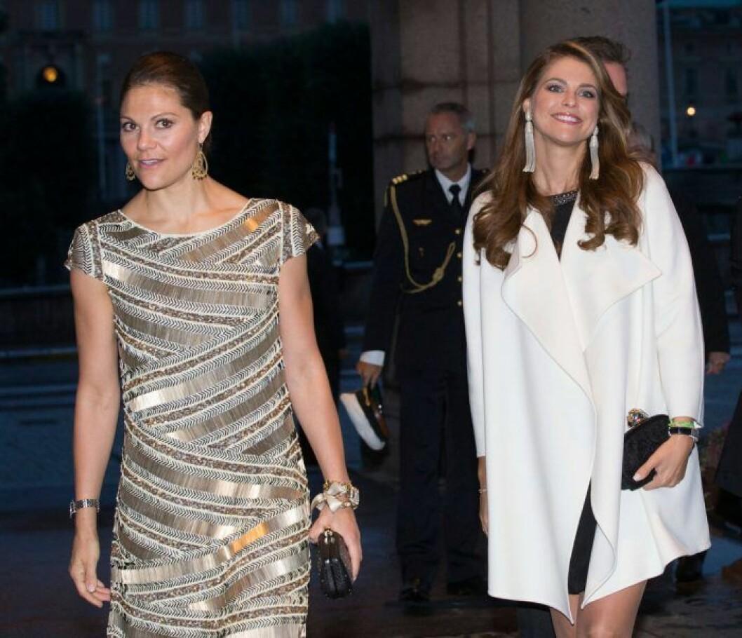 Kronprinsessan Victoria och prinsessan Madeleine.