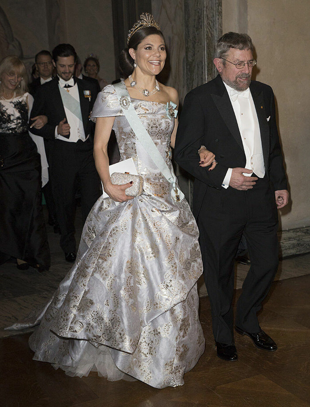 Crown princess Victoria, J. Michael Kosterlitz Nobel banquet, Stockholm City Hall, Stockholm 2016-12-10 (c) Charles Hammarsten / IBL Nobelbanketten, Stockholms Stadshus 2016-12-10
