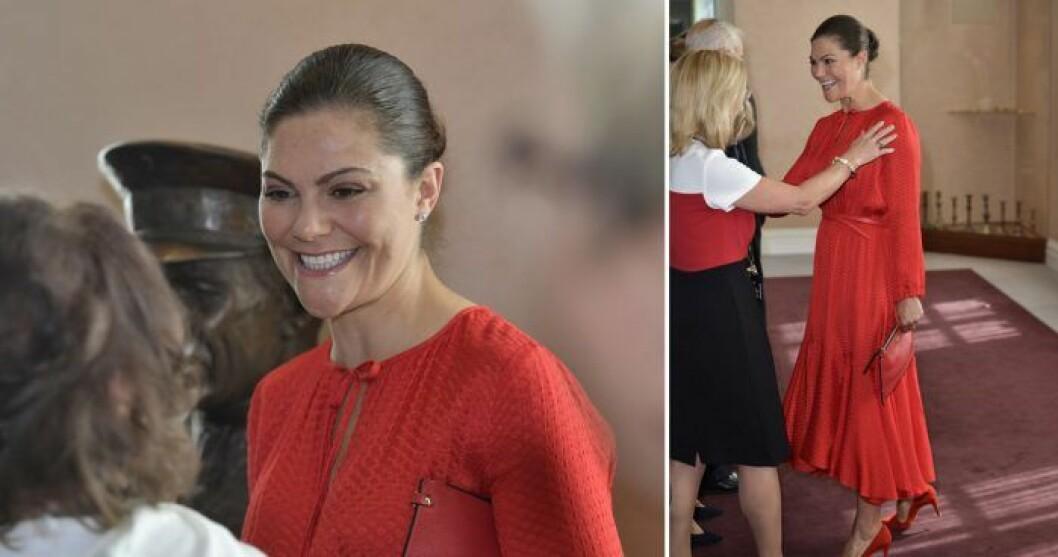 Victorias röda klänning från & other stories
