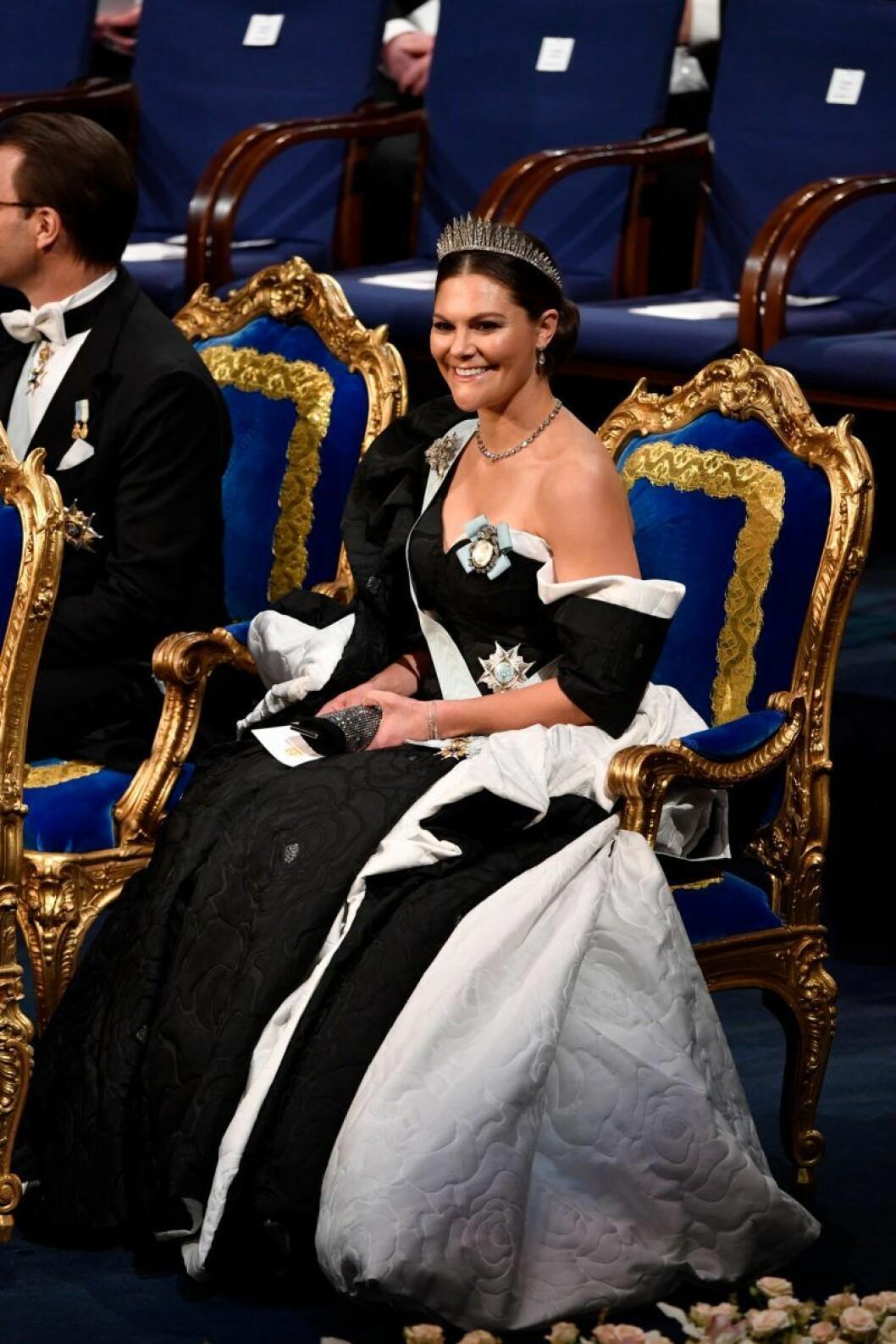 Det här hade Victoria på sig på Nobel 2019