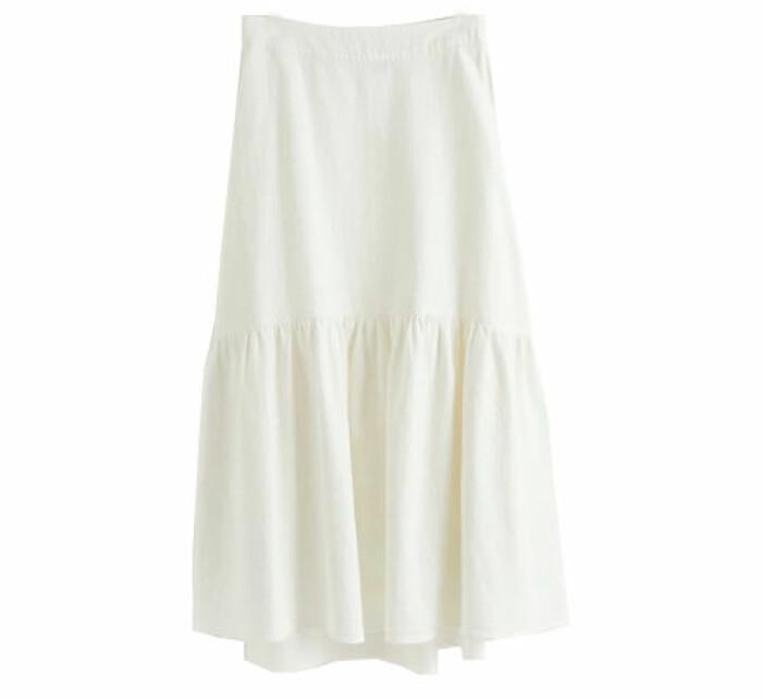 vit kjol med volang