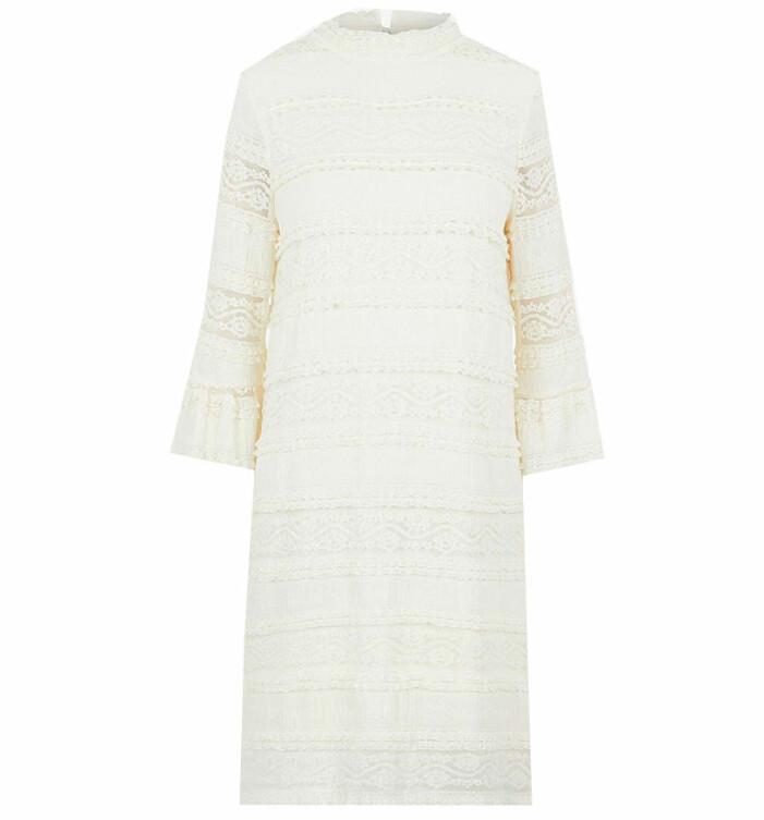 vit klänning acheval pampa