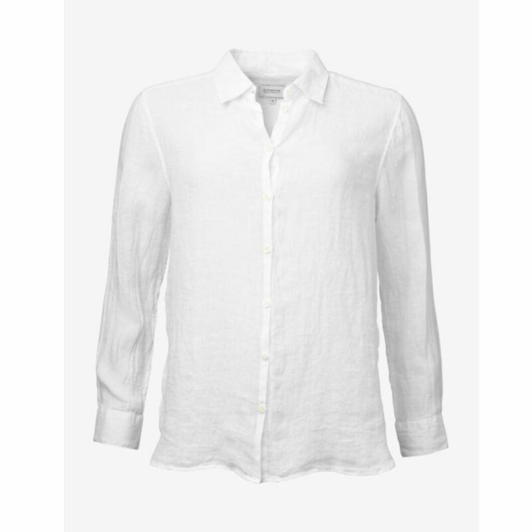 Vit linneskjorta i kort modell
