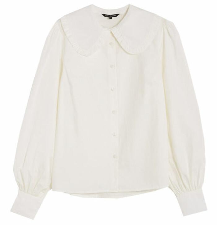 vit skjorta med stor krage