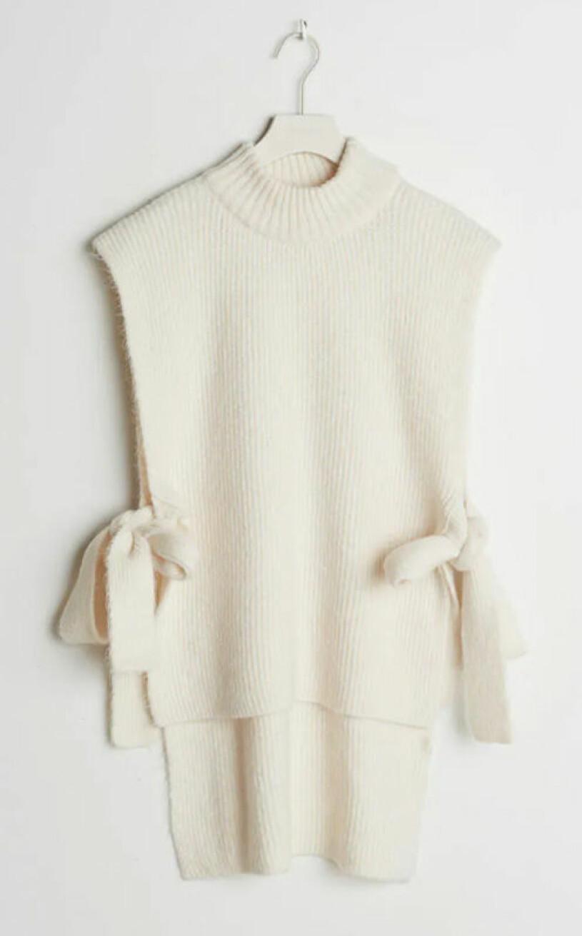 vit-stickad-vast-gina-tricot