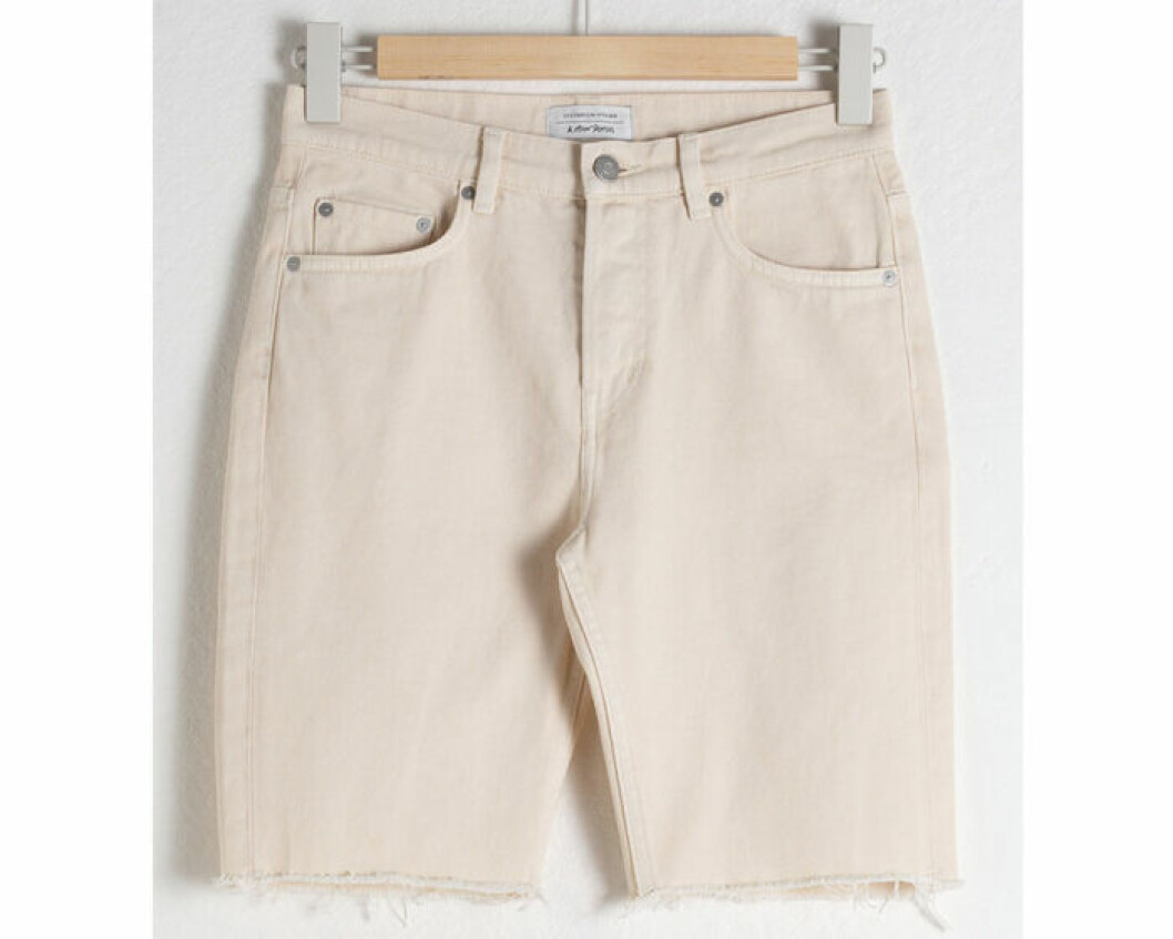 Jeansshorts i längre modell