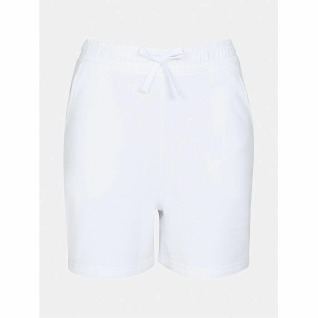Vita shorts från Cubus