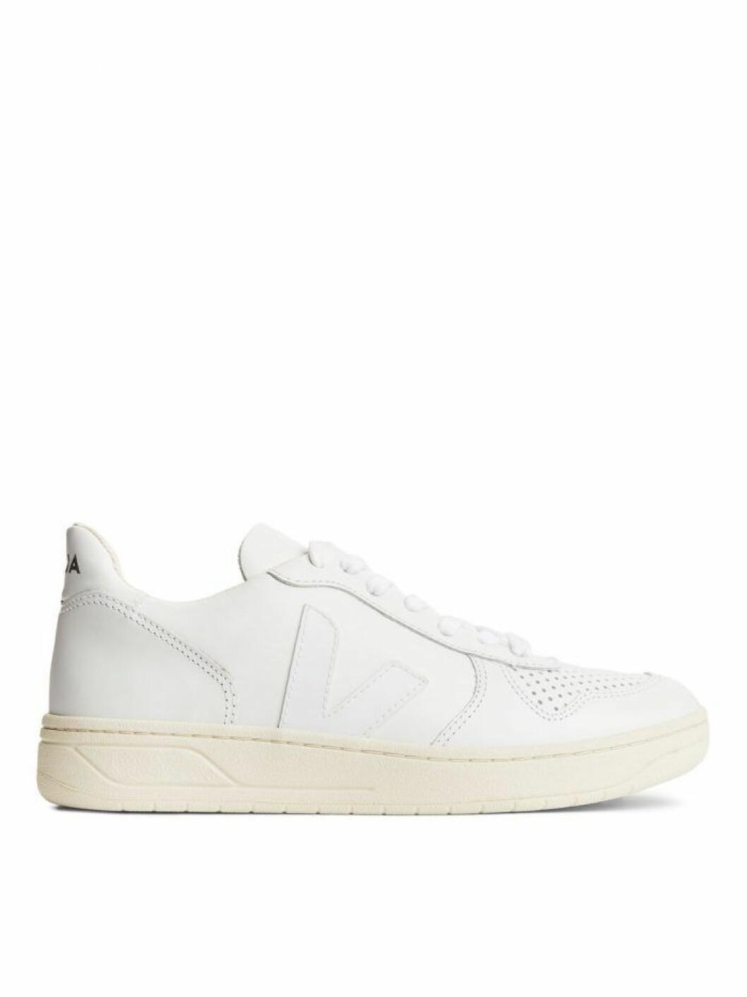 Vita sneakers från Veja
