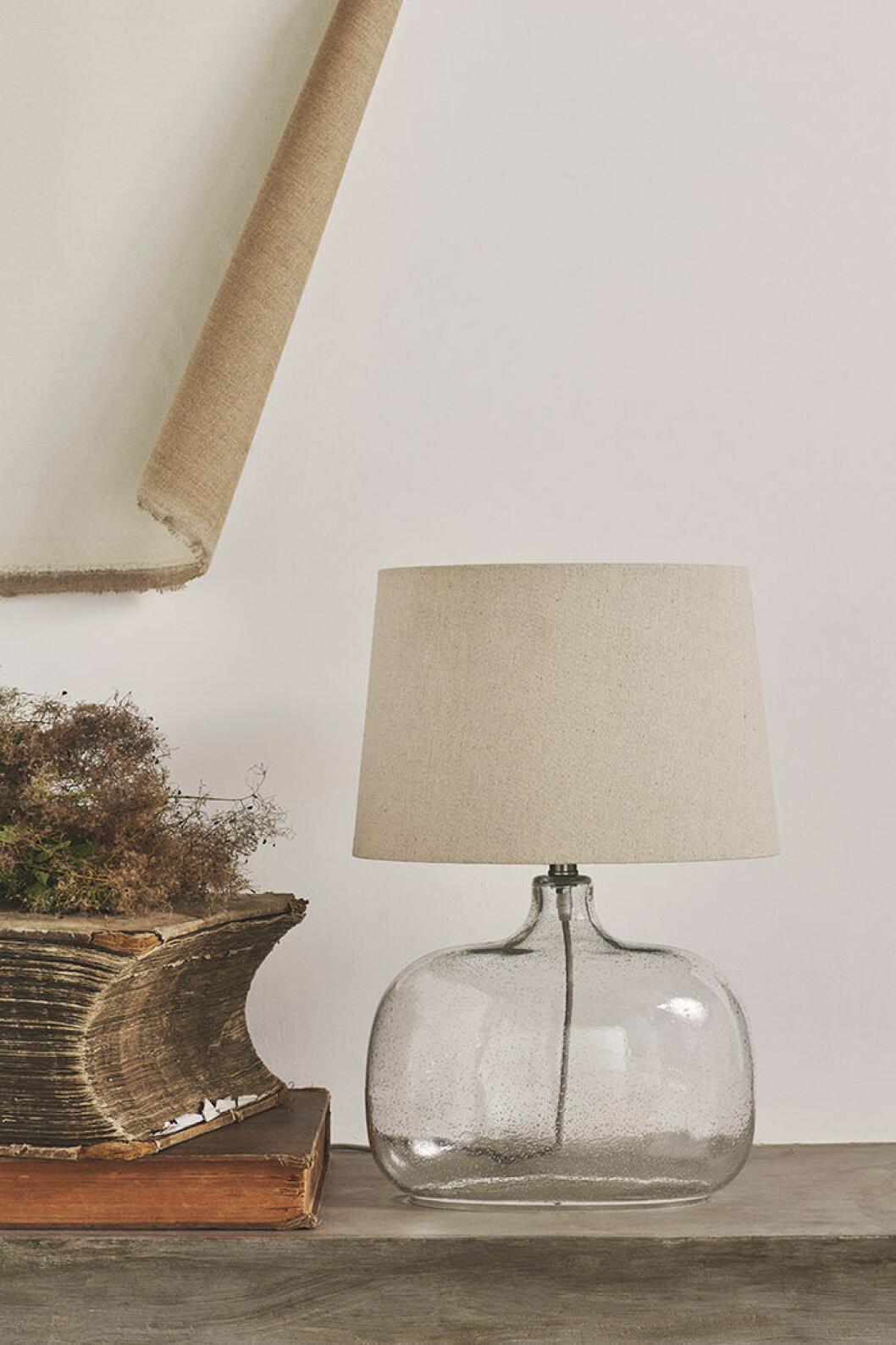 Bordslampa ur Zara Homes höstkollektion
