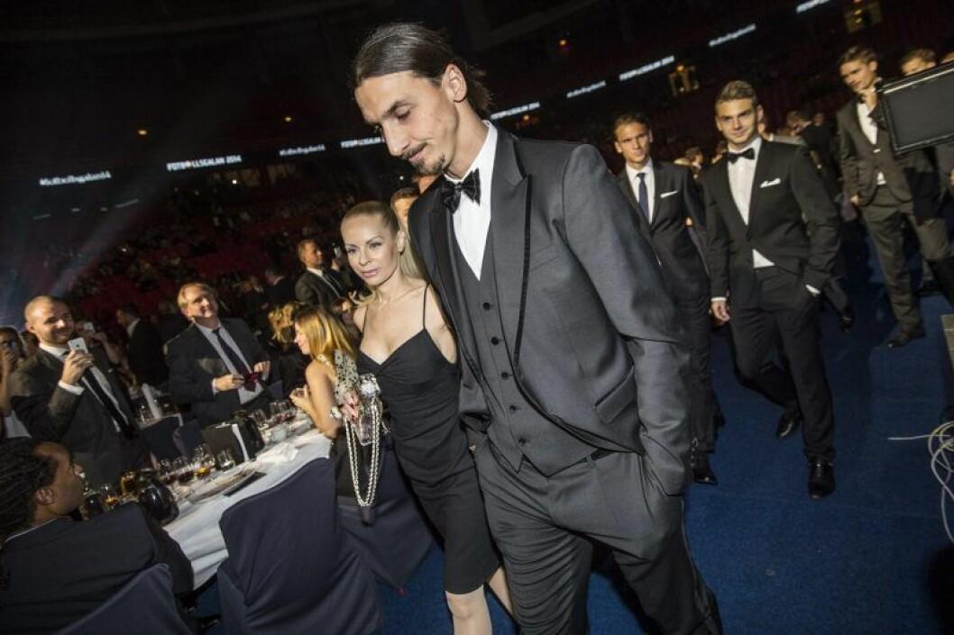 Åldersskillnad mellan Zlatan Ibrahimović och Helena Seger